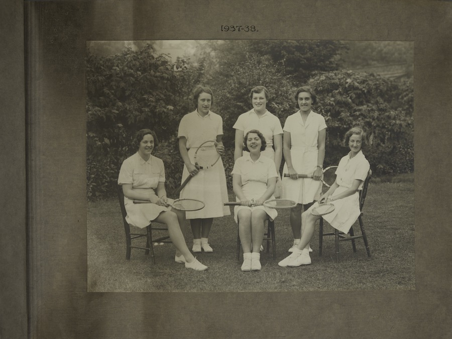 1 Tennis Club (Women)
